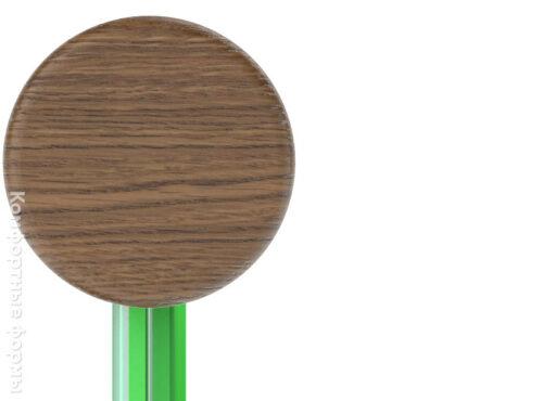 стеклянное ограждение с деревянным поручнем