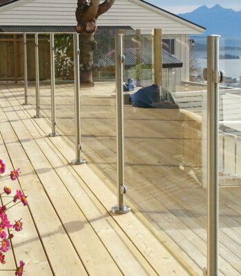 Ограждение из стекла для балконов